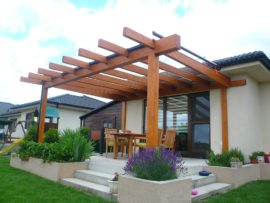 How to choose wooden pergola